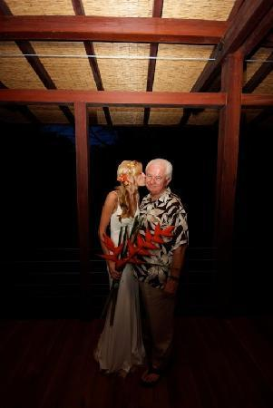 Iguana Lodge: Bride, Father, Tropical Heliconias