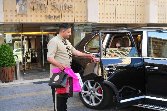 City Suite Hotel: Shopping....