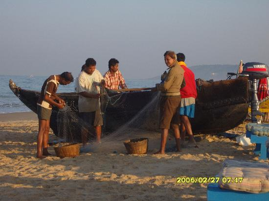 Falcon Beach Resort: Fisherman in the morning