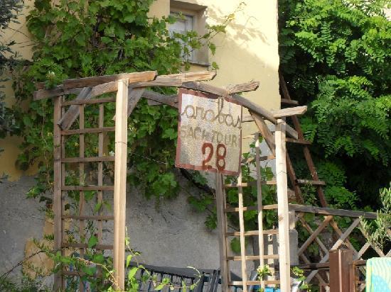 Thessaloniki Studios: Esterno dell'ostello