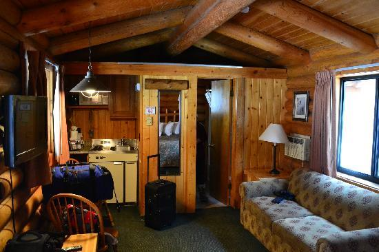 Bed picture of cowboy village resort jackson tripadvisor for Cabins in jackson hole