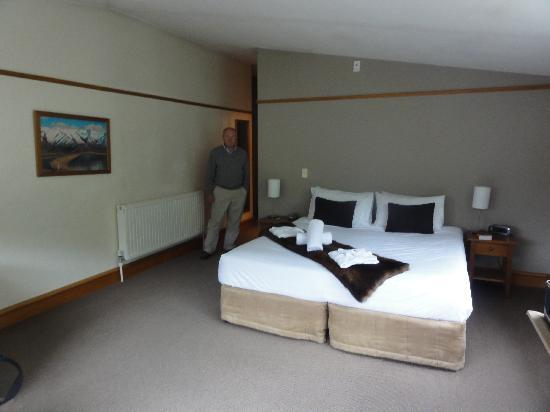 Central Ridge Boutique Hotel : a spacious room