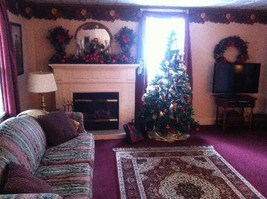 Village Guest Suite: Living room area