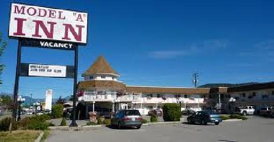 Model A Inn Lot