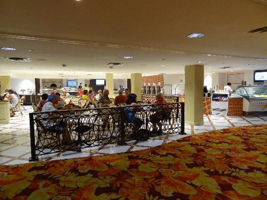 Tropicana Las Vegas A Doubletree By Hilton Hotel Casual Dining At South Beach Marketplace