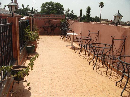 Hotel de la Paix: Terraza