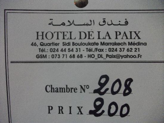 Hotel de la Paix: Cartel en la puerta de la habitacion