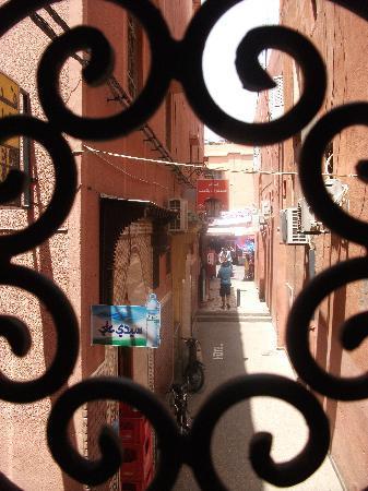 Hotel de la Paix: Vistas desde la habitacion