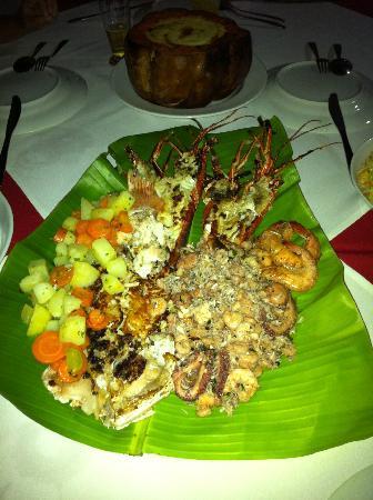 Hotel Village Paraíso Tropical: Delicious sea food