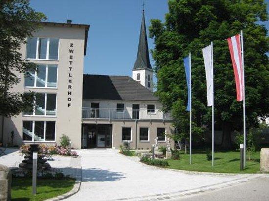 Photo of Zwettlerhof Fam. Schwarz Zwettl an der Rodl