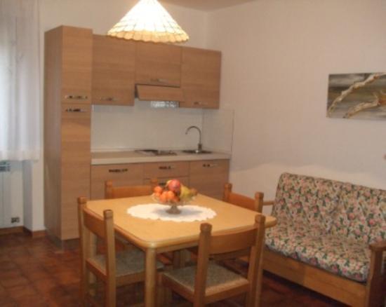 Casa Vacanze Boario - Cucina Appartamento N.3