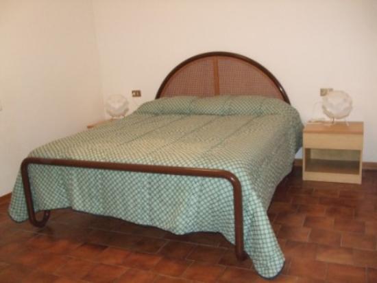 Casa Vacanze Boario - Camera da Letto Appartamento N.2