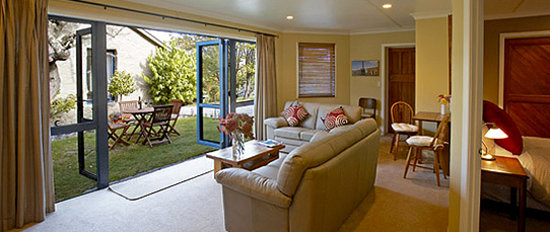 Park Lane Boutique Lakeside Accommodation