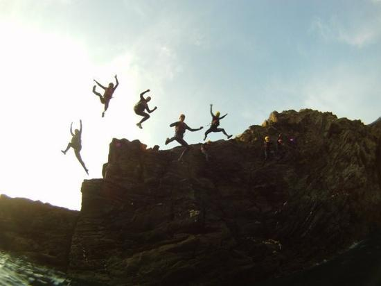 Outdoor Adventure Reviews Widemouth Bay Bude