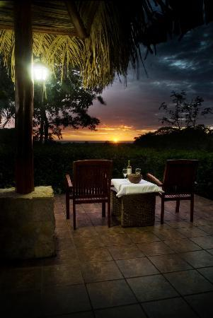 Lodge Las Ranas: November Sunset