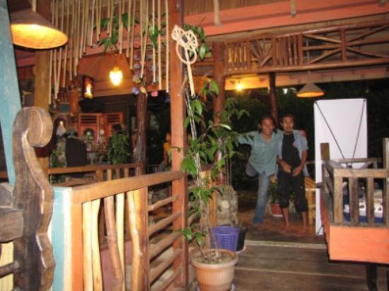 Jungle Tribe: agun and azis