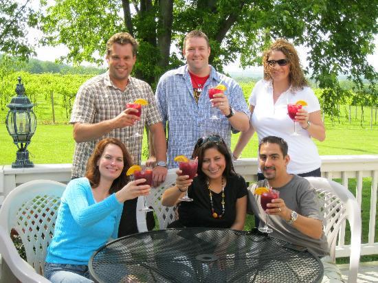 Galena Cellars Vineyard : Enjoy The Patio