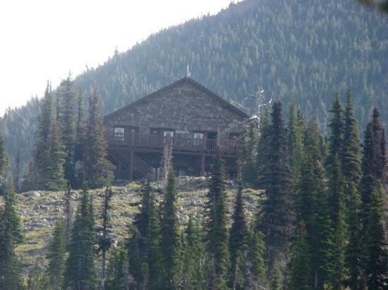 Granite Park Chalet: View of the lodge
