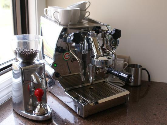 The Summit Lodge: espresso coffee is available