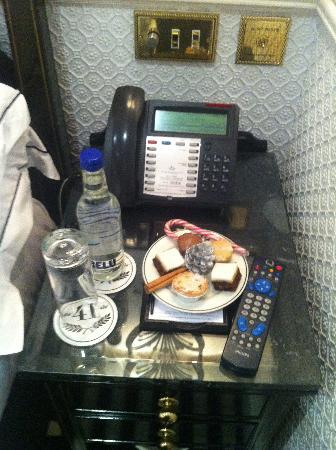Hotel 41: NIGHTLY SNACKS AND WATER