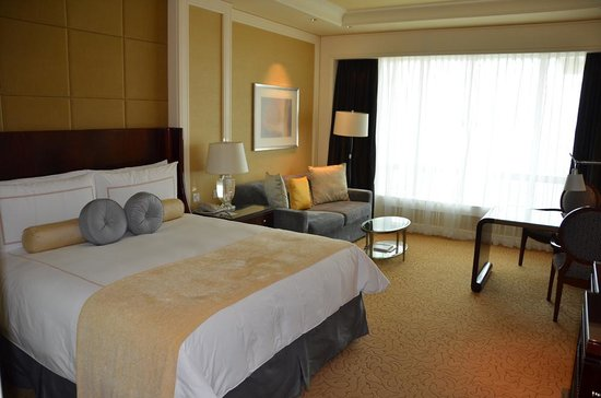 Four Seasons Hotel Macau, Cotai Strip: Bedroom