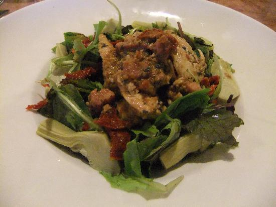 Zia's Caffe: Tuscan Chicken Salad