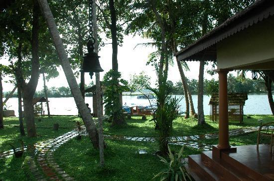 Lake Haven Island Resorts: from the reception