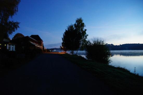 Hotel du Lac : L'Hôtel du lac, Neuvic.
