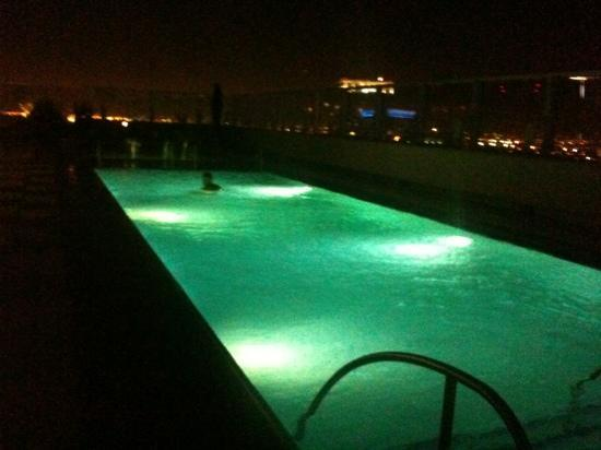 The Ritz-Carlton, Los Angeles: enjoying a swim at night!!
