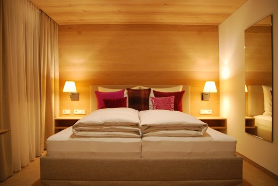 Lech, Austria: bedroom