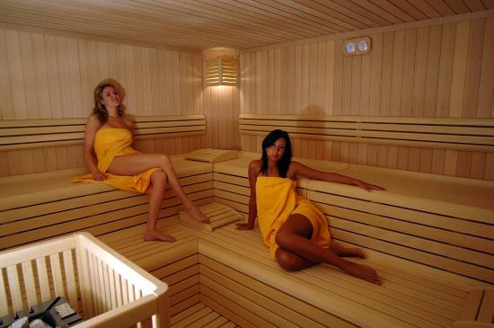 sauna finlandese - Picture of Centro Pineta Wellness & Beauty, Pinzolo - TripAdvisor