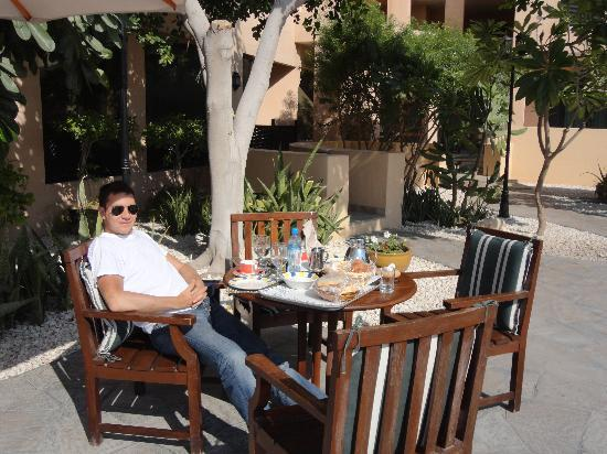 breakfast by the pool - Picture of Novotel Bahrain Al Dana Resort