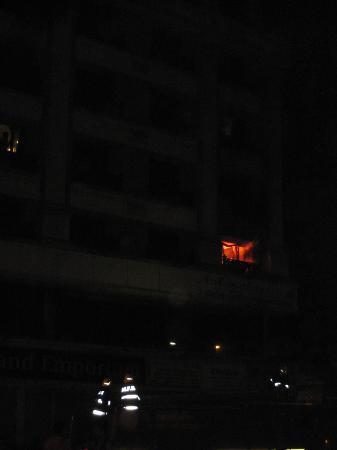 Solitaire Hotel: albergo che brucia