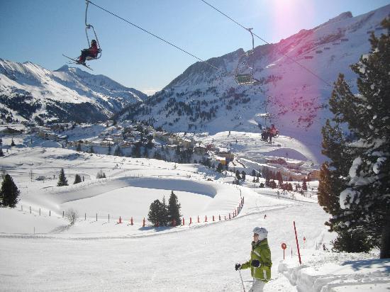 Hotel Steiner: Sonnenlift view of Steiner