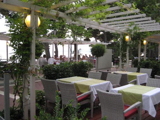 The Maritimo Hotel: Restaurant Terrasse