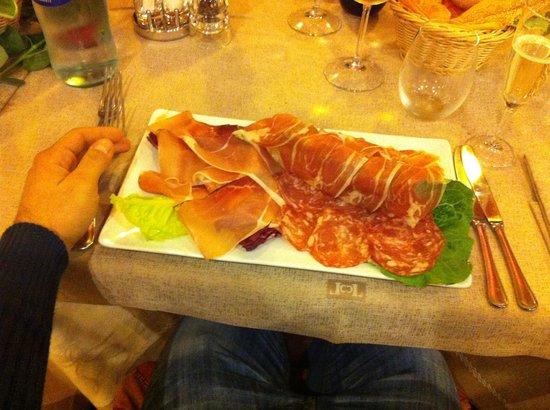 Kalos: Nonostante la specialità di questo ristorante sia il pesce, da ottimo ristorante di città marina