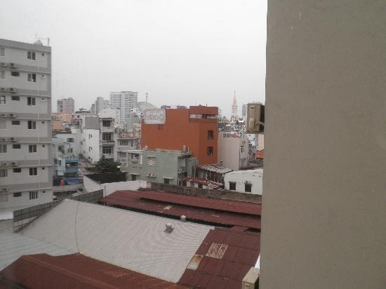 Hoang Phu Gia Hotel: View of Saigon from Hotel Window