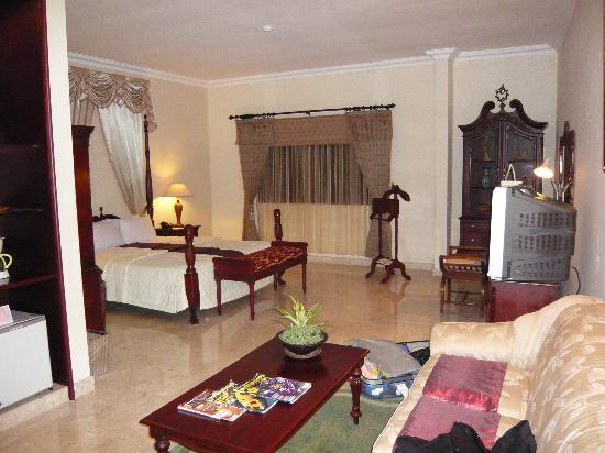 Royal Tretes View Hotel & Convention: room