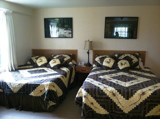 Spring Mill Inn: Comfy beds