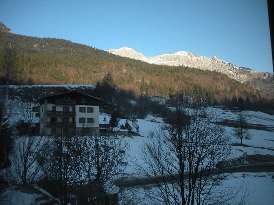 Alpino Family Hotel: Vista dalla Camera