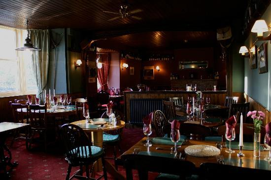 The bridge inn grinton grinton restaurant reviews for Best restaurants with rooms yorkshire dales