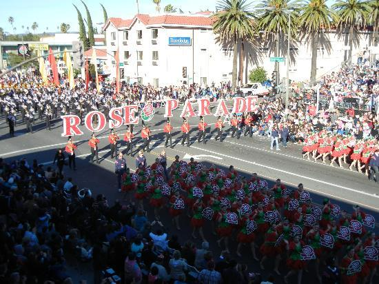 Ramada Pasadena: Great parade viewing
