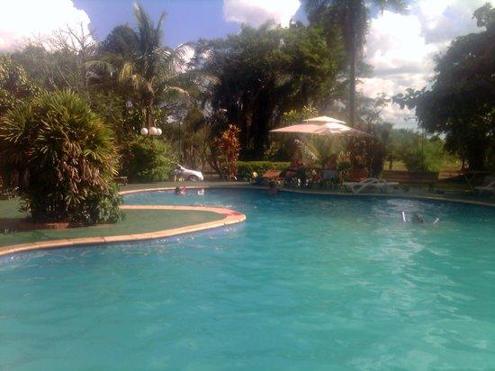 Piscina del Hotel Tropical
