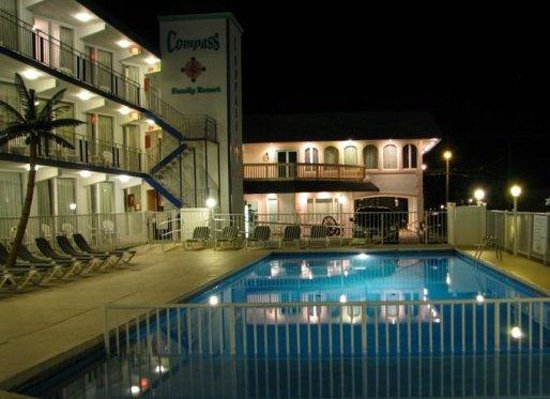 Compass Family Resort Motel 사진