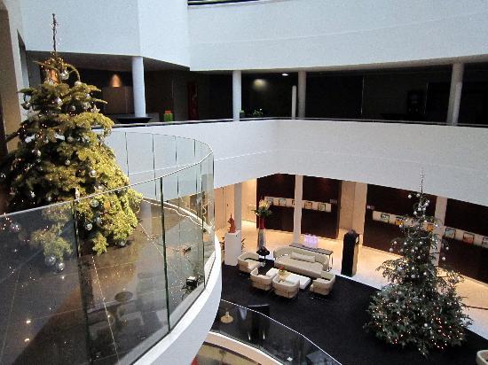 Sofitel Brussels Europe: hall