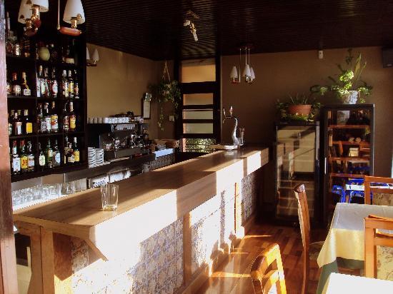 El peque o bar del gardoki fotograf a de gardoki - Restaurante gardoki sopelana ...