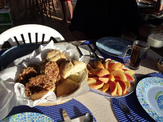 Seascape Inn, Andros : Les patisseries de Joan