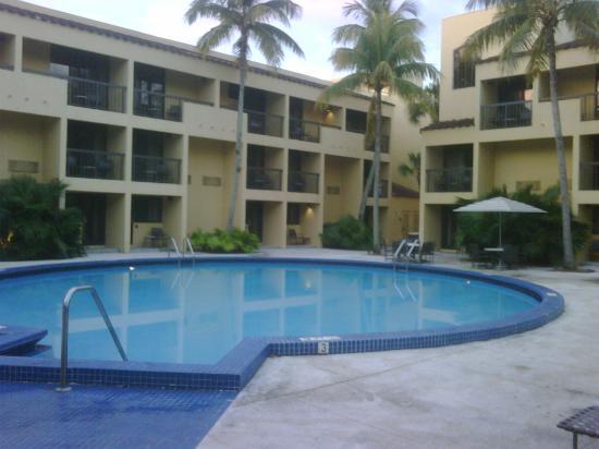 Shula's Hotel & Golf Club: Pool area