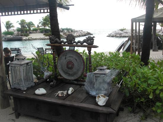Baoase Luxury Resort: View of the Outdoor Restaurant
