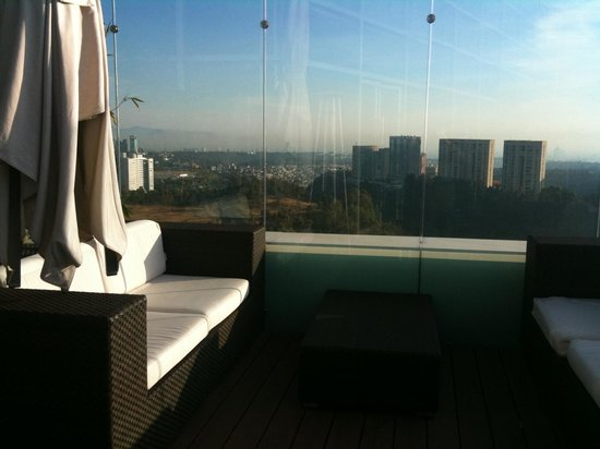 The Westin Santa Fe Mexico City: Roof top deck lounging